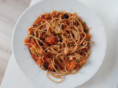 Spaghetti bolognese ztofu naturalnym